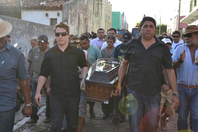 Photo of Tribunal de Justiça vai julgar recurso do acusado de mandar matar Emídio Reis