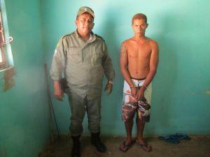 Suspeito foi detido pela polícia - Foto: CanabravaNews