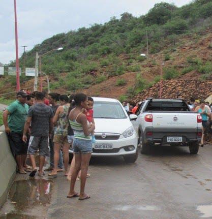 Photo of Homem morre ao bater em mureta de proteção de ponte