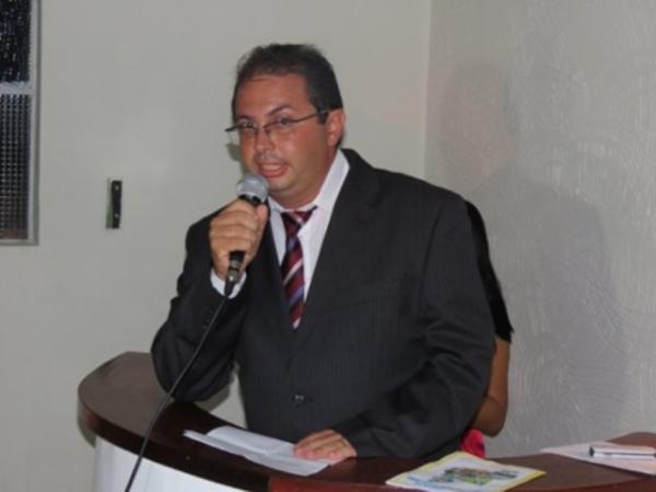 Photo of Ex-prefeito Alecxo Belo terá que devolver R$ 511 mil aos cofres públicos