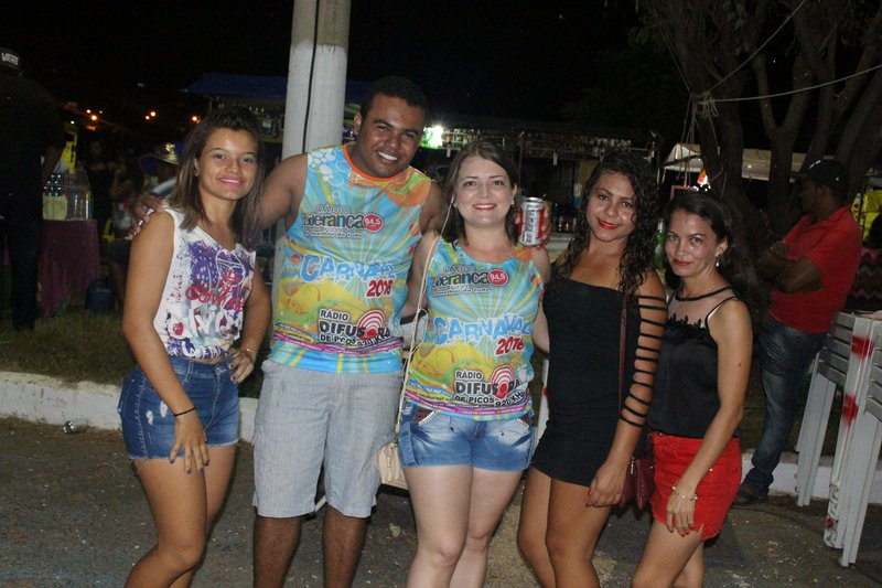 Photo of Álbum de Fotos: 3ª Noite do Carnaval de Picos – Álbum I