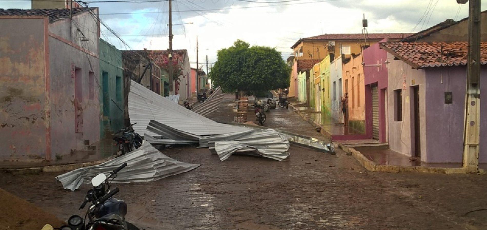 Photo of Fortes ventos causam estragos e assusta população de São Julião