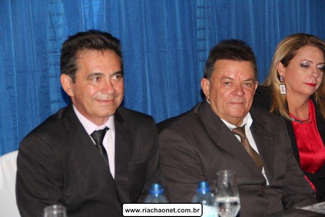 Photo of Prefeito, vice-prefeito  e vereadores são empossado em Geminiano