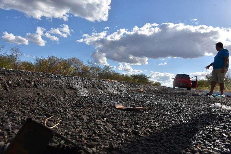 Photo of Desnível em rodovia é hipótese para o capotamento do carro que matou a jovem de Alagoinha