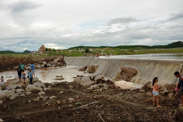 Photo of Após 5 anos de seca açude Barreiras em Fronteiras começa a receber água