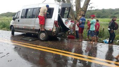 Photo of Van de Simões capota na BR-135 e deixa um bebê morto e vários feridos