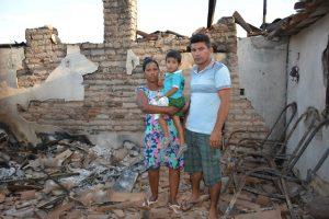 Família da comunidade Olho D'água dos Freires, zona rural do município de Fronteiras
