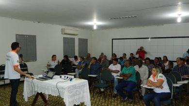 Photo of Picos: Instituto Flor do Cajueiro discute comercialização de produtos com representantes de cooperativas e associações