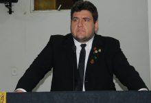 Photo of Hugo Victor pede recuperação e roço de estrada vicinal
