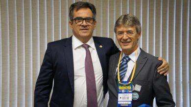 Photo of Valmir Barbosa vai à XXII Marcha dos Prefeitos e reúne com senadores