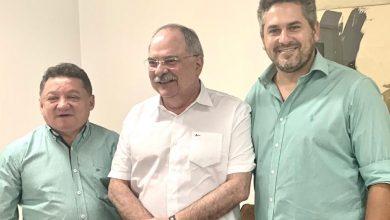 Photo of Pablo Santos assegura recursos para  continuação das obras no hospital de Picos e pagamentos em atraso