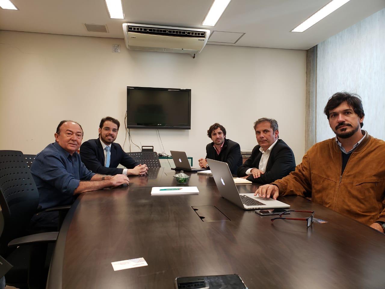 Reunião em Paulistana
