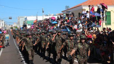 Photo of Desfile de 7 de Setembro em Picos reúne multidão de pessoas