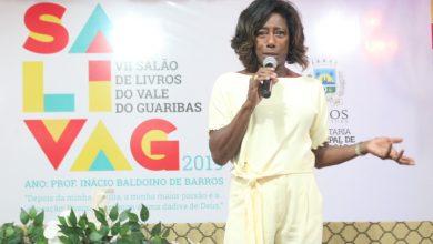 Photo of Jornalista Glória Maria ministra palestra no VII SaliVaG